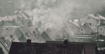 Zanieczyszczenie powietrza w polskich miastach wojewódzkich