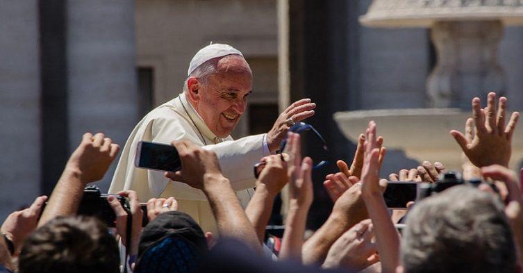 Papież Franciszek daje pozwolenie na rozgrzeszenie aborcji