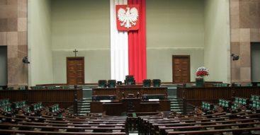 Sejmowy pat. O co naprawdę chodzi w sporze na linii PiS – opozycja?