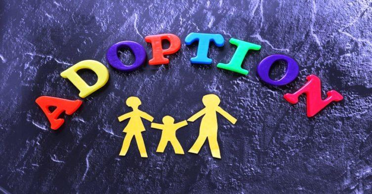 Rząd chce ograniczyć liczbę zagranicznych adopcji.