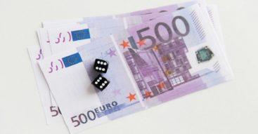 Finowie eksperymentują z dochodem podstawowym. Czy to początek przełomu w polityce socjalnej?