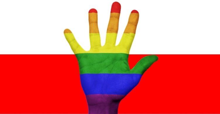 Homoseksualne pary składają skargę do Strasburga.