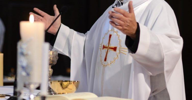 Wpływ Kościoła na politykę.