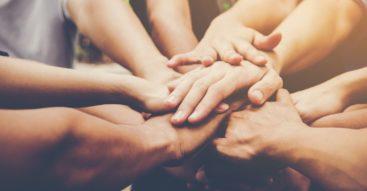 Czy Polacy chcą i potrafią ze sobą współpracować? Analizujemy wyniki badań CBOS