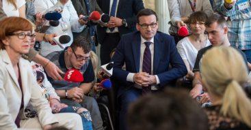 Rodzice osób niepełnosprawnych wciąż protestują. Czy rząd lekceważy ich postulaty?